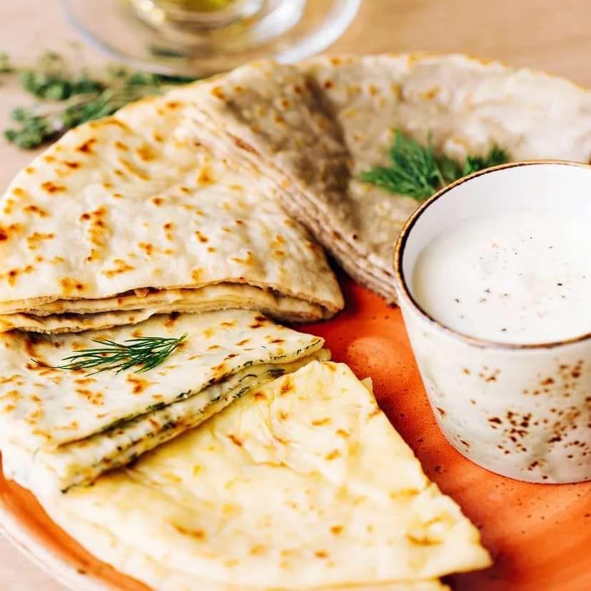 Хычин с сыром и зеленью (5 шт,24 см).